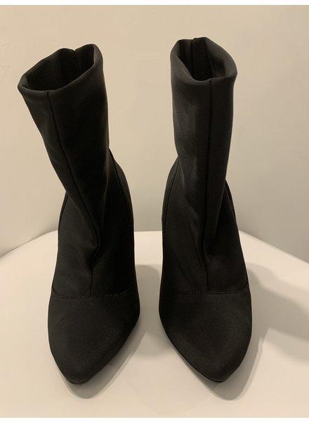 PUPI Fashion Project ANKLE BOOTS -  Negro Matte - Size 7