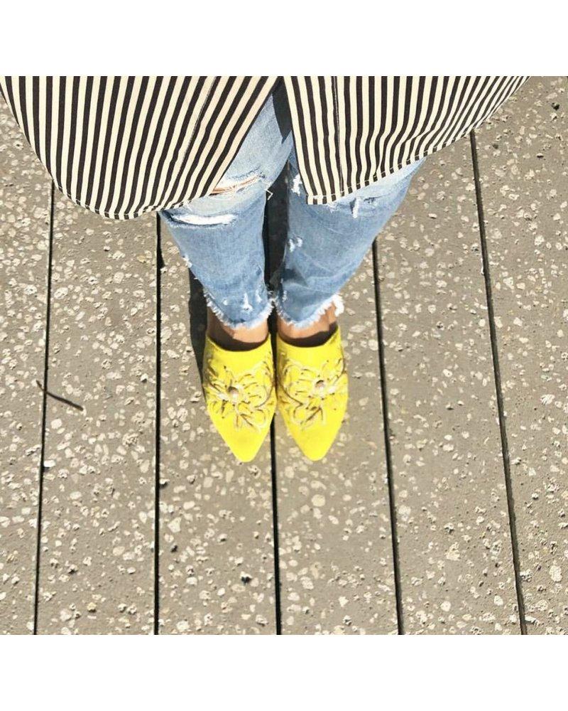 Vida Leather Talia Yellow Embellished Mules