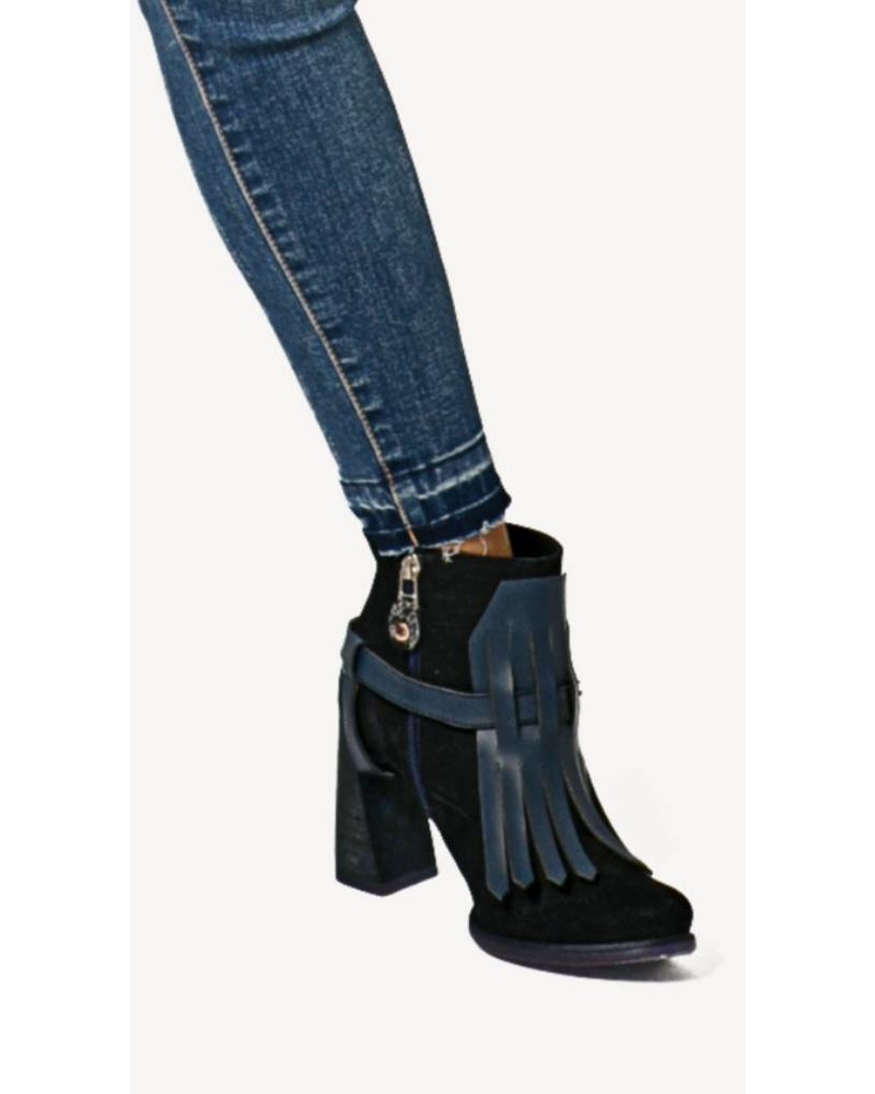Pau Blue Fringe Leather Boots - Size 37