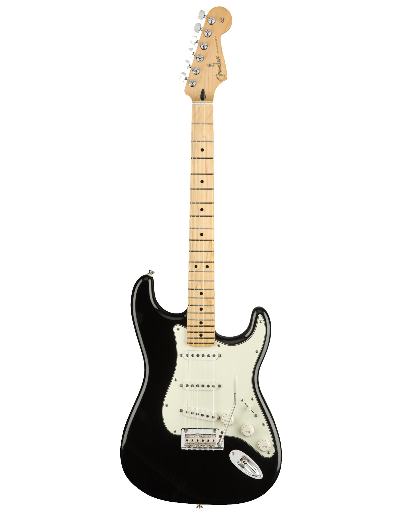 Fender Fender Player Stratocaster, Black w/Maple Fingerboard