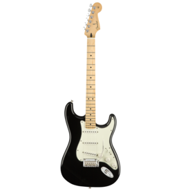 Fender Fender Player Stratocaster, Black w/Maple Fingerboard