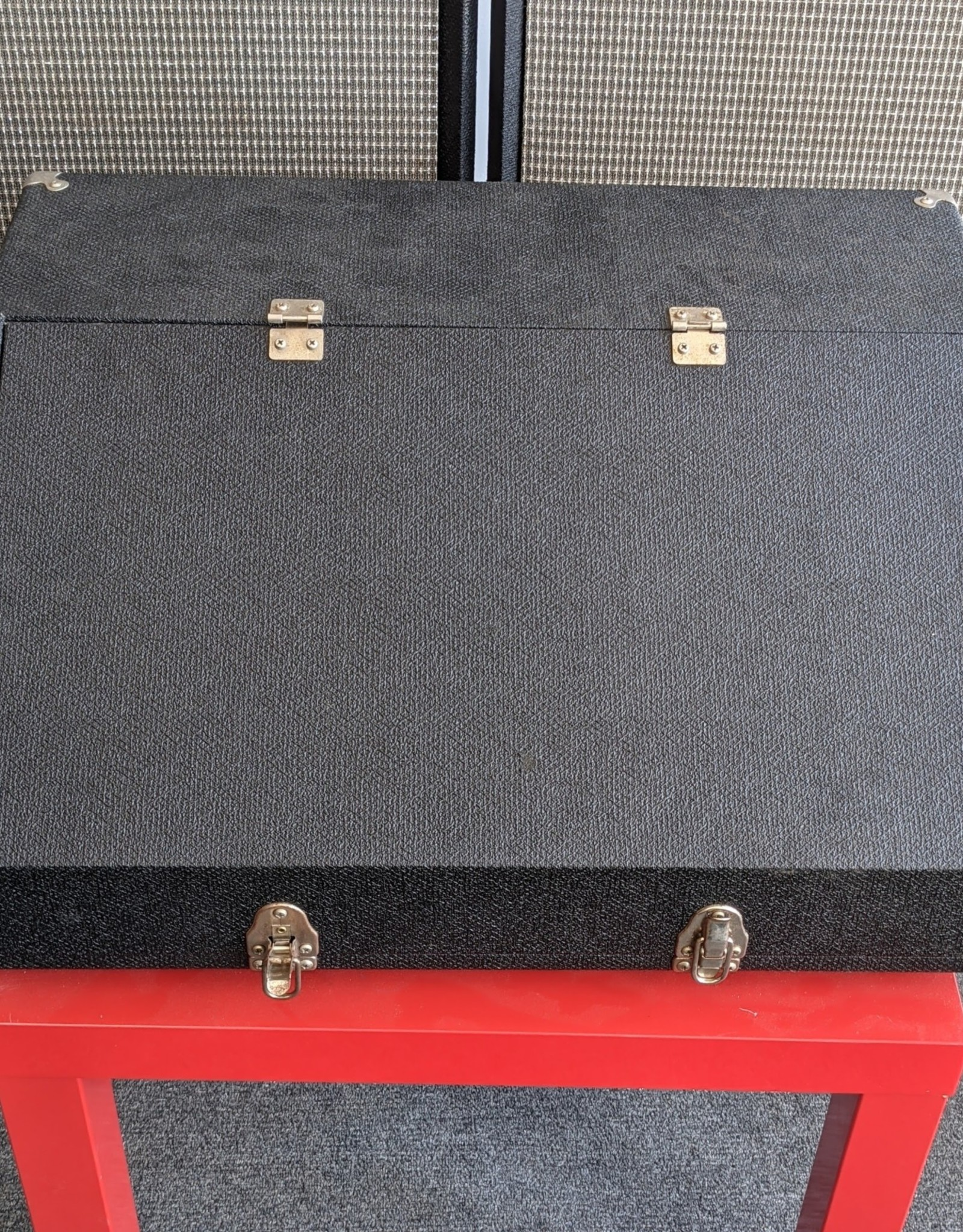 Sunn 70's Sunn Concert Controller Mixer with 410SR Speaker Cabinets and Original Paperwork, Used