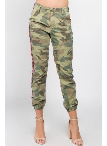 Bottoms Side Tape Detailed Camo Pants