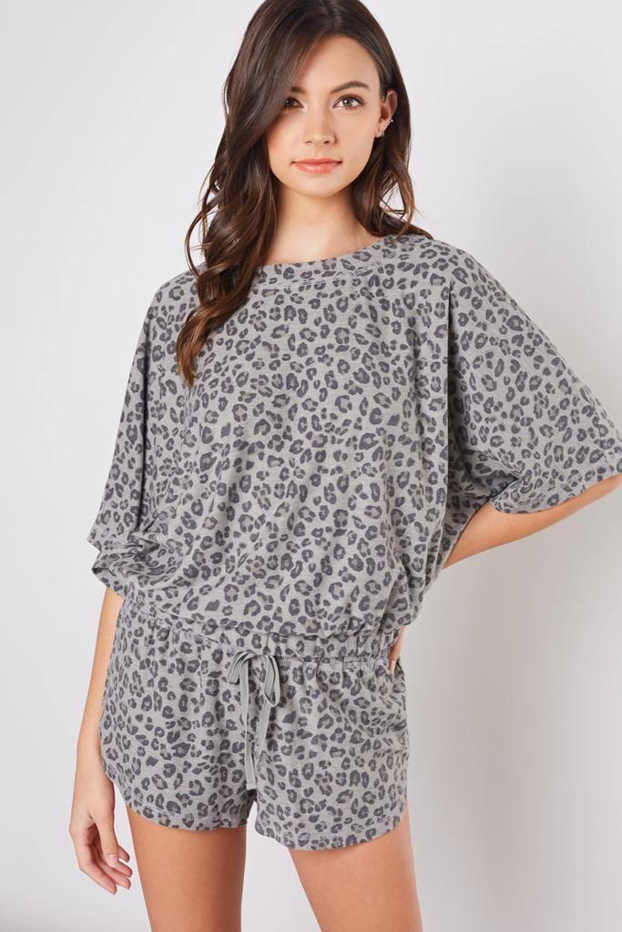 tops Leopard Print Tee