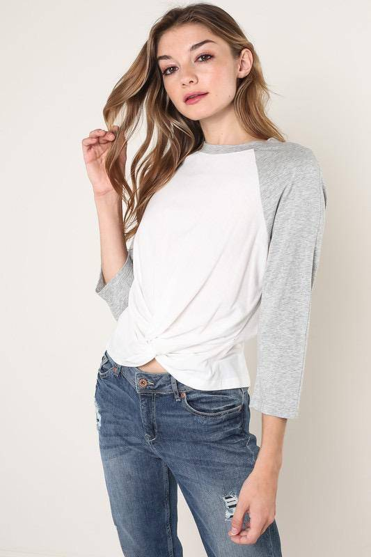 Tees Ava Front Twisted Tee