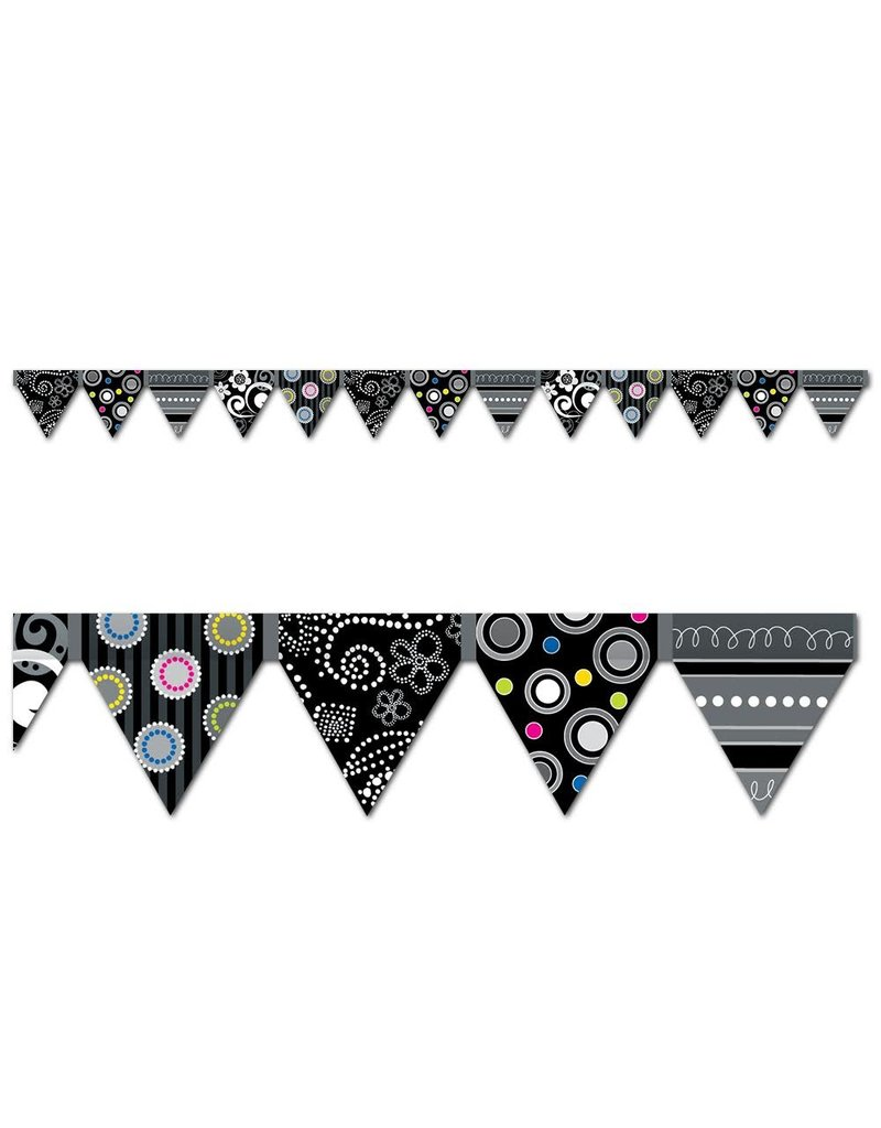 Black & White Pennants Border