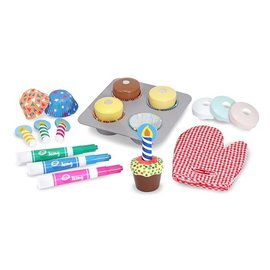 Melissa & Doug Wooden Cupcake Set