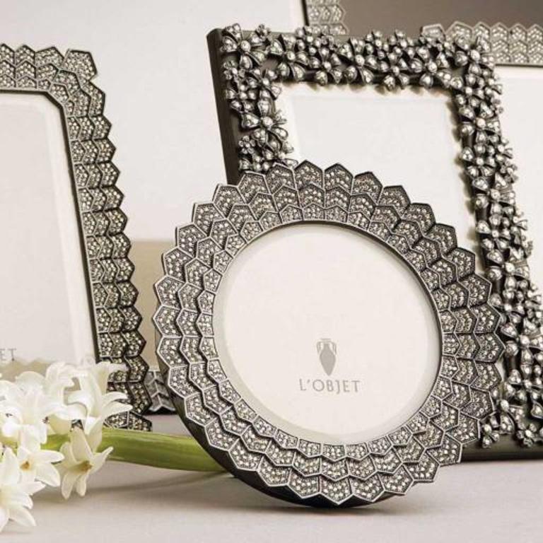 Deco Noir Frame Platinum White Crystals 5 X 7 13 X 18cm Cayen