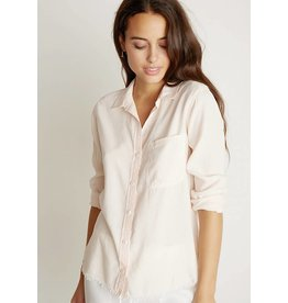 Bella Dahl Frayed Shirt Tail Button Down