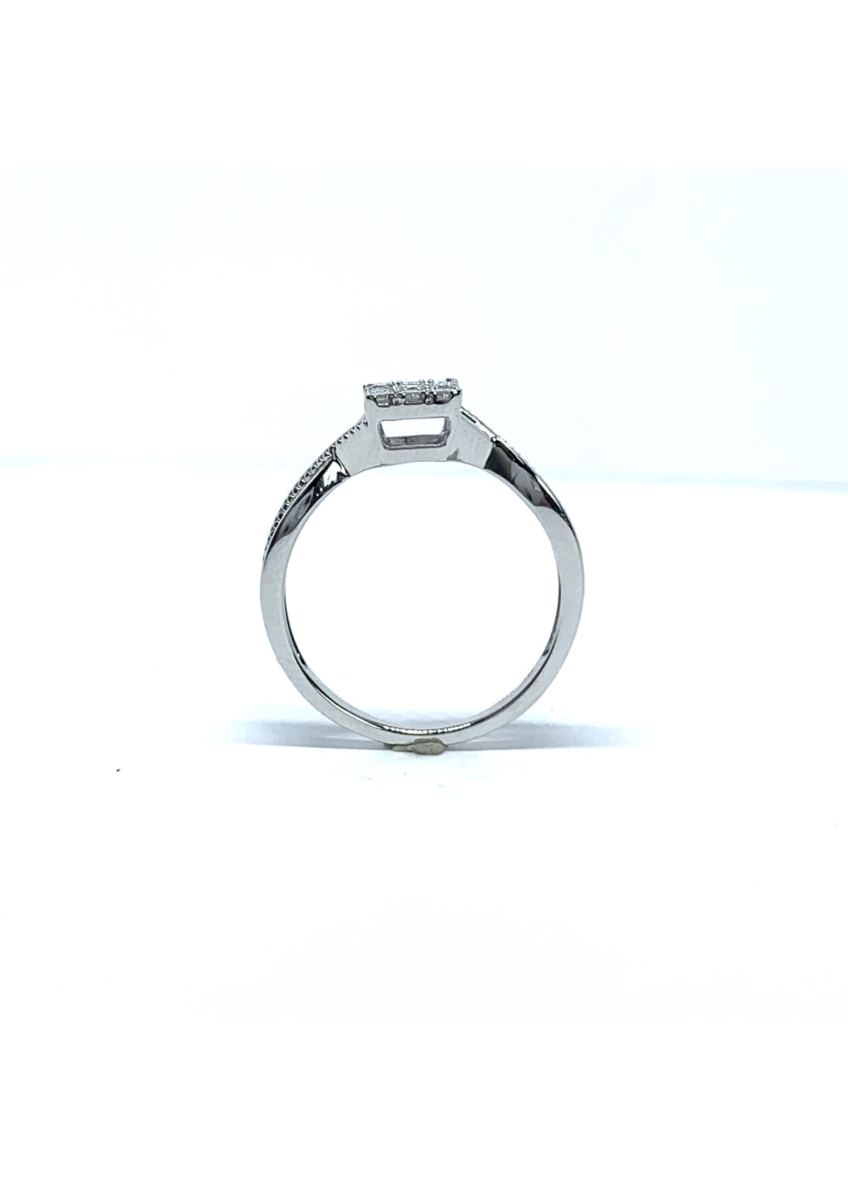 Bague de fiançailles princesse illusion Or blanc 10K avec diamants