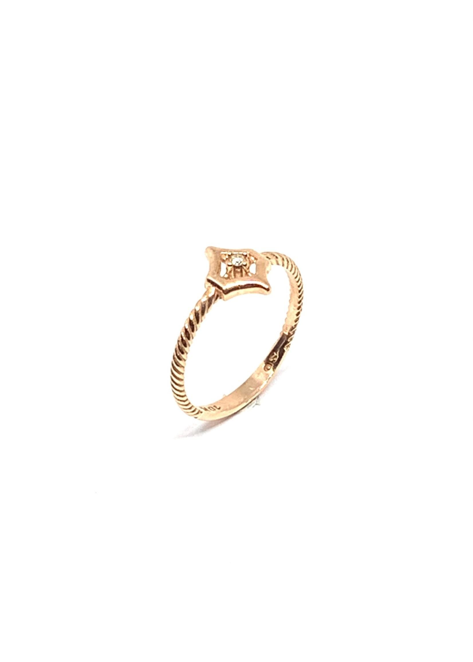 LokÜs Bague minimaliste torsadé Or rose 10K avec diamant canadien