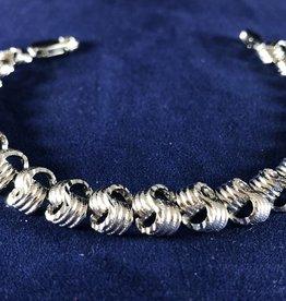 "Love Knot Moda Gold Bracelet; 14KT White Gold Heavy Thickness, 7"""