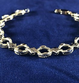 Circle and Marquise Shape Moda Gold Bracelet; 14KT White Gold Medium Thickness, 7.5""