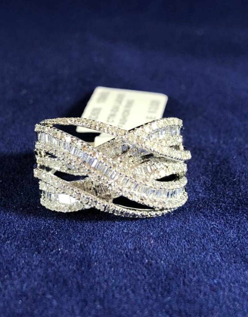 1.00 CTW Criss Cross Diamond Cocktail Ring with Round and Baguette Diamonds; 14KT White Gold