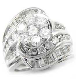 14Kt. White Gold 1.00ctw Round And Baguettes Cut Diamonds lady's Engagement Ring