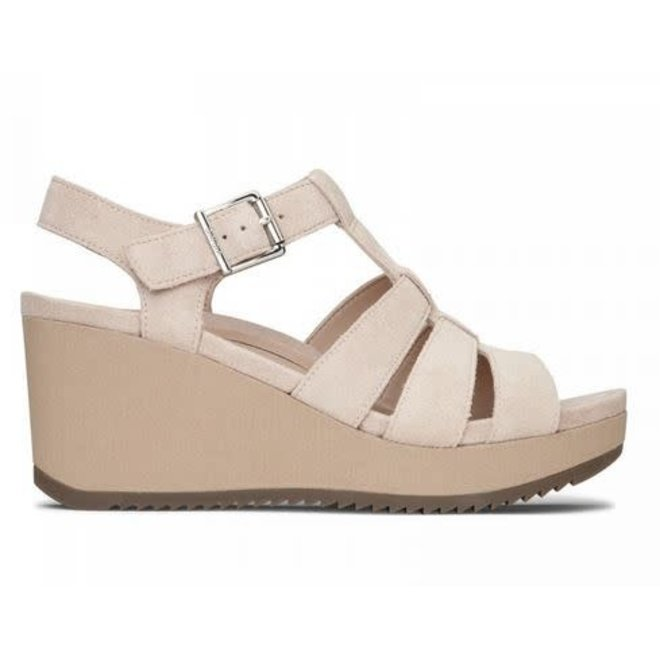 cc8f030471df Sandals - Yours Truly   Destiny