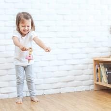 Plan Toys Jouet en bois écologiques - Toupie Ballerine