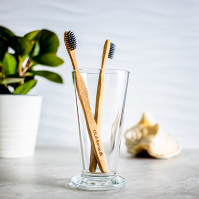 OLA Bambou Brosse à dent en bambou - Souple au charbon
