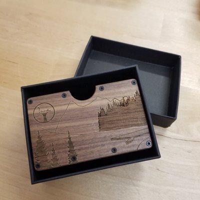 Inua Porte-feuilles et cartes en bois de noyer