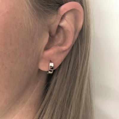 Neuf vingt cinq Boucles d'oreilles - Les simplistes