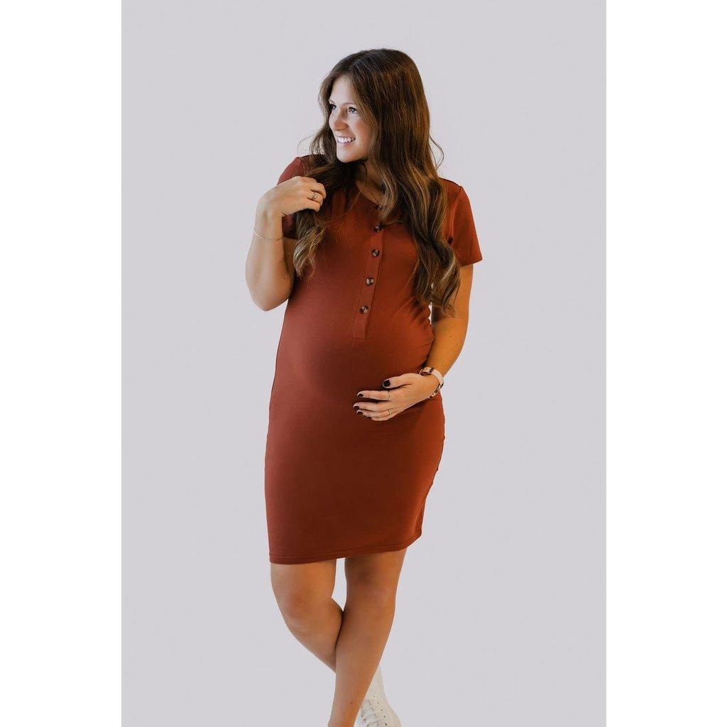 Rose Maternité Robe Intrigue à boutons - Rouille