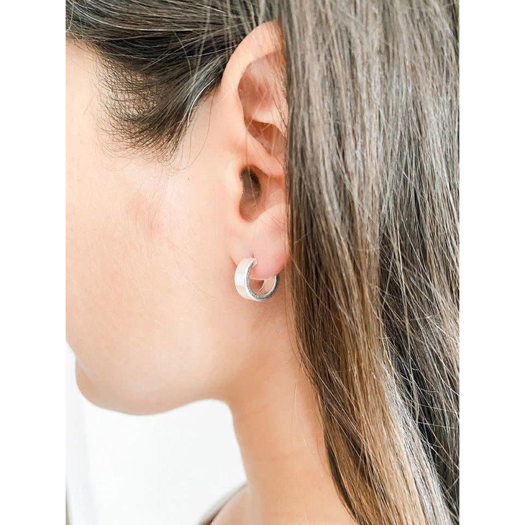 Caracol Boucles d'oreilles - Mini anneaux épurés au fini brillant