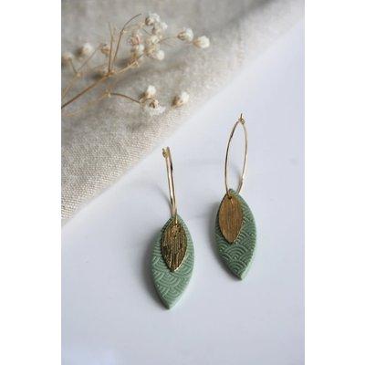 Boucle d'or Boucles d'oreilles - Pétale en argile polymère