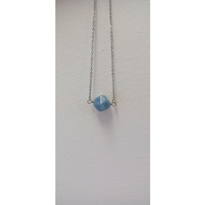 La Main Bleue Collier - Pépite Célestite (Bleu pâle)