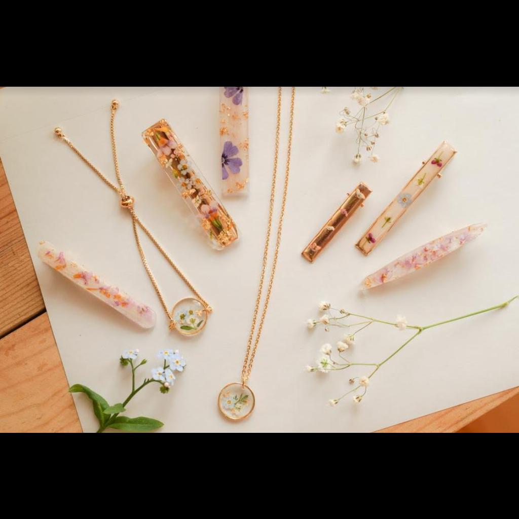 Lilimoon Atelier Petites barrettes de fleurs séchées A