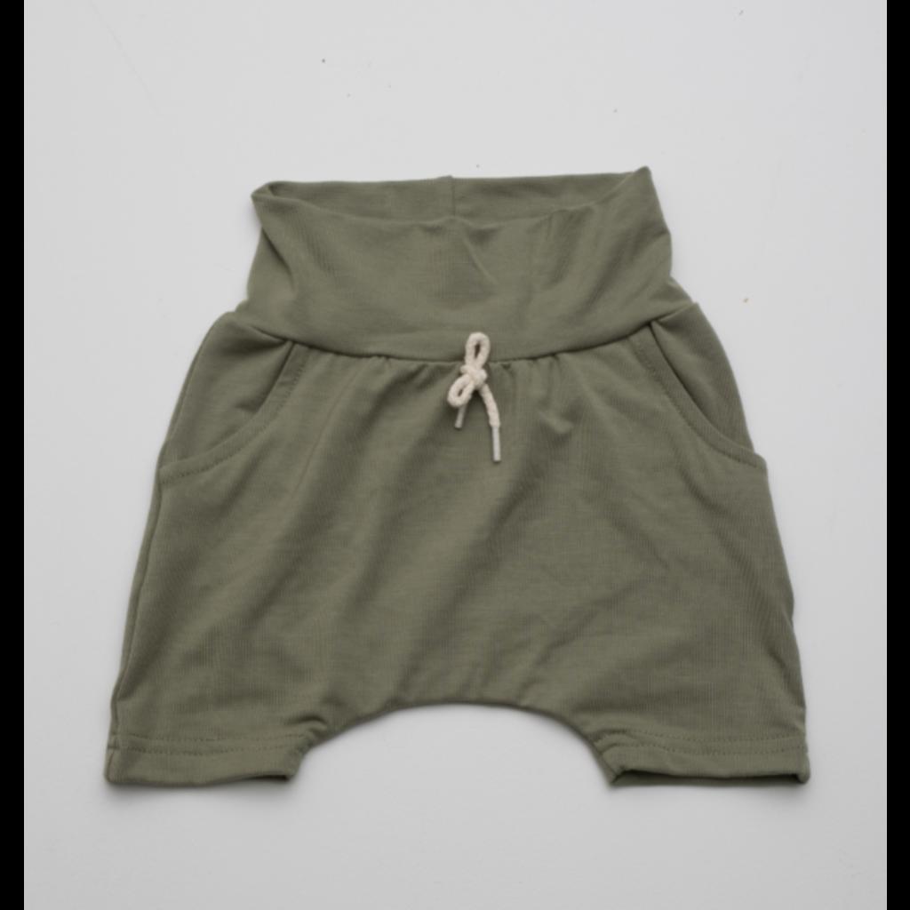 Little Yogi Short uni - Olive