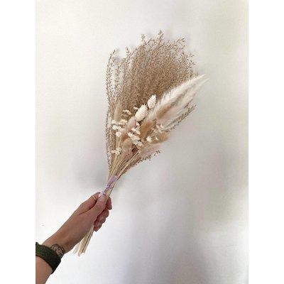 Eucalie Art Floral Bouquet - Faden