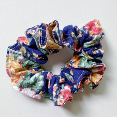 Filabeth Chou à cheveux - Fleuri marine