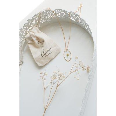 Colliers de fleurs pressées - Alyssum