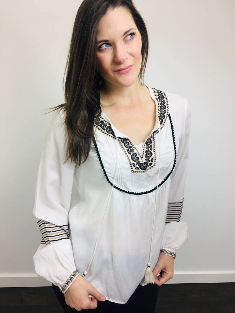 Dex Embroidered Top