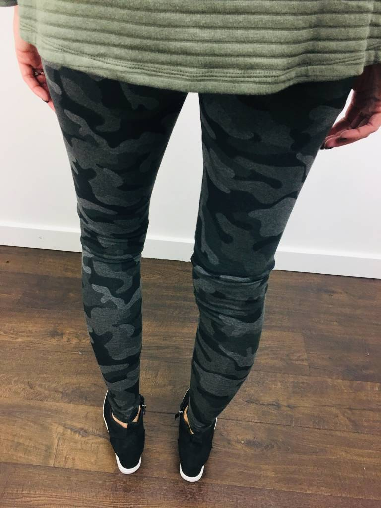Dex Camo Legging
