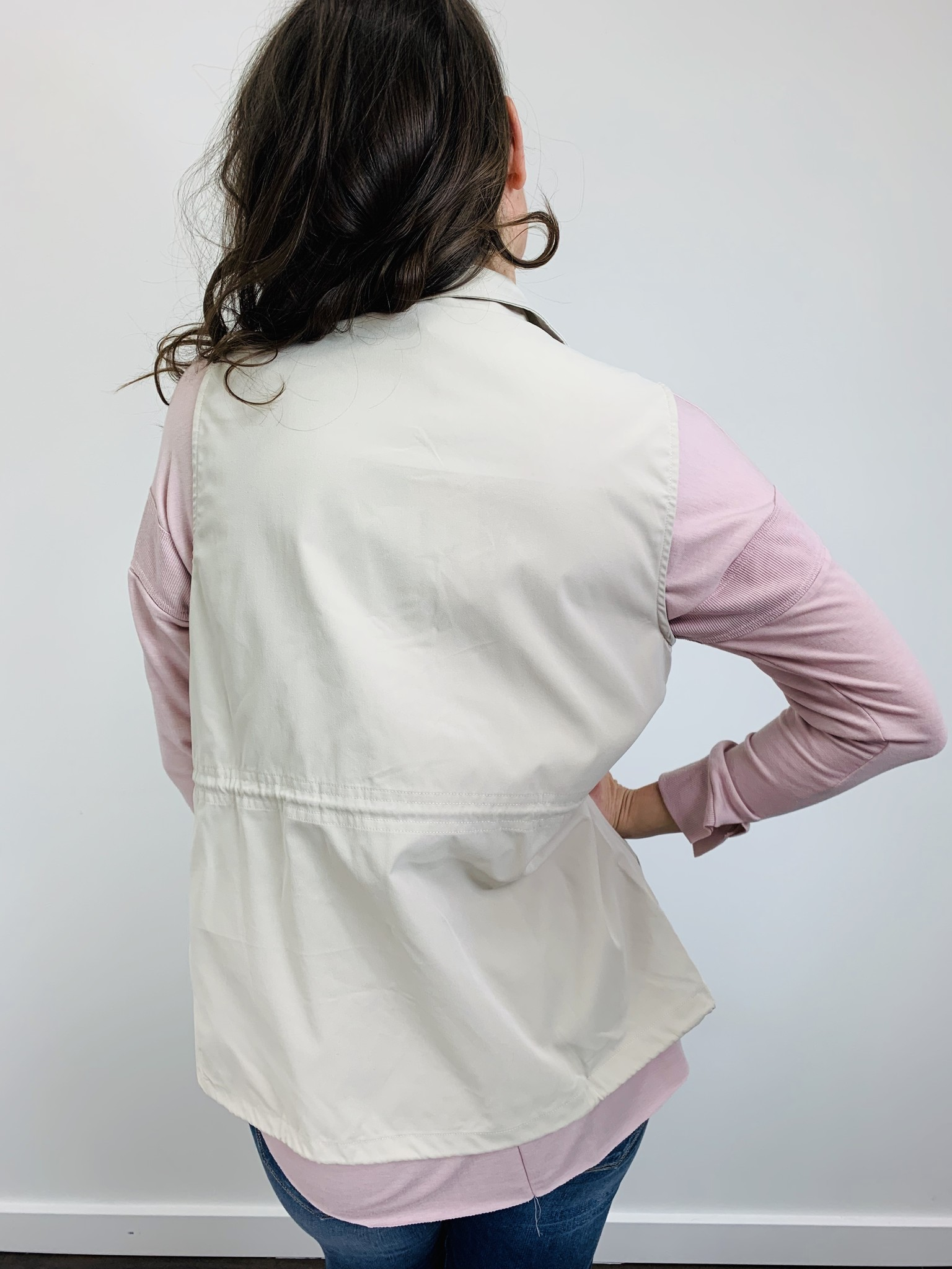 Entro Vintage White Cargo Vest