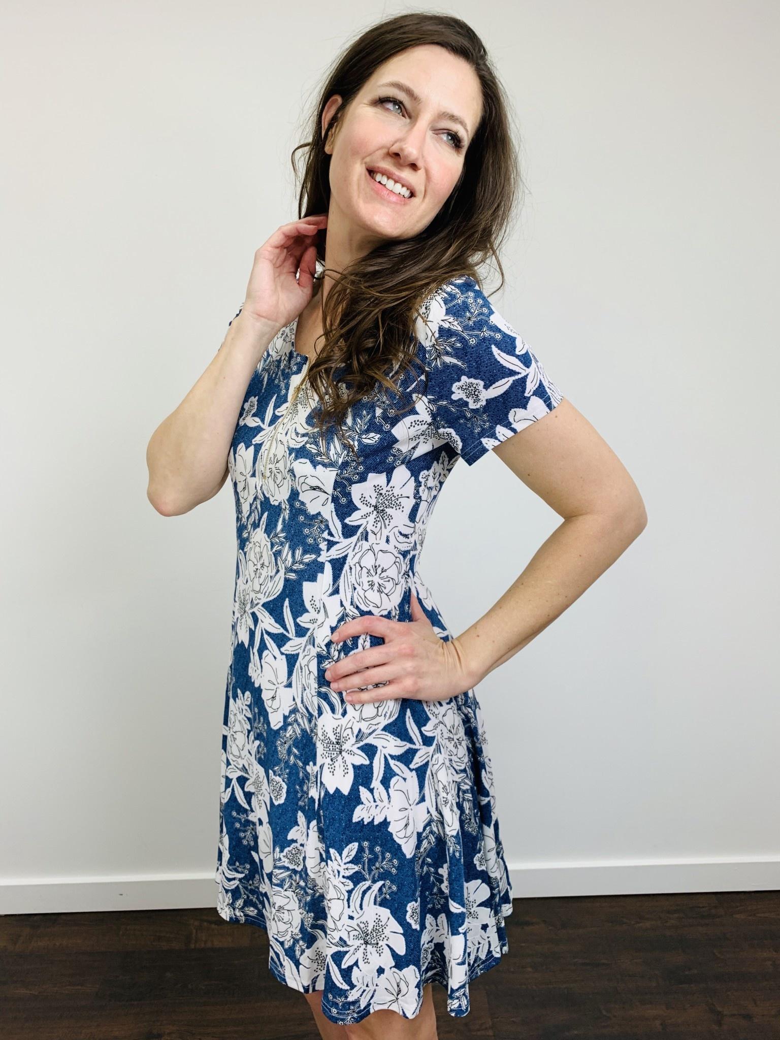 Papillon Textured Cap Sleeve Floral Dress in Blue