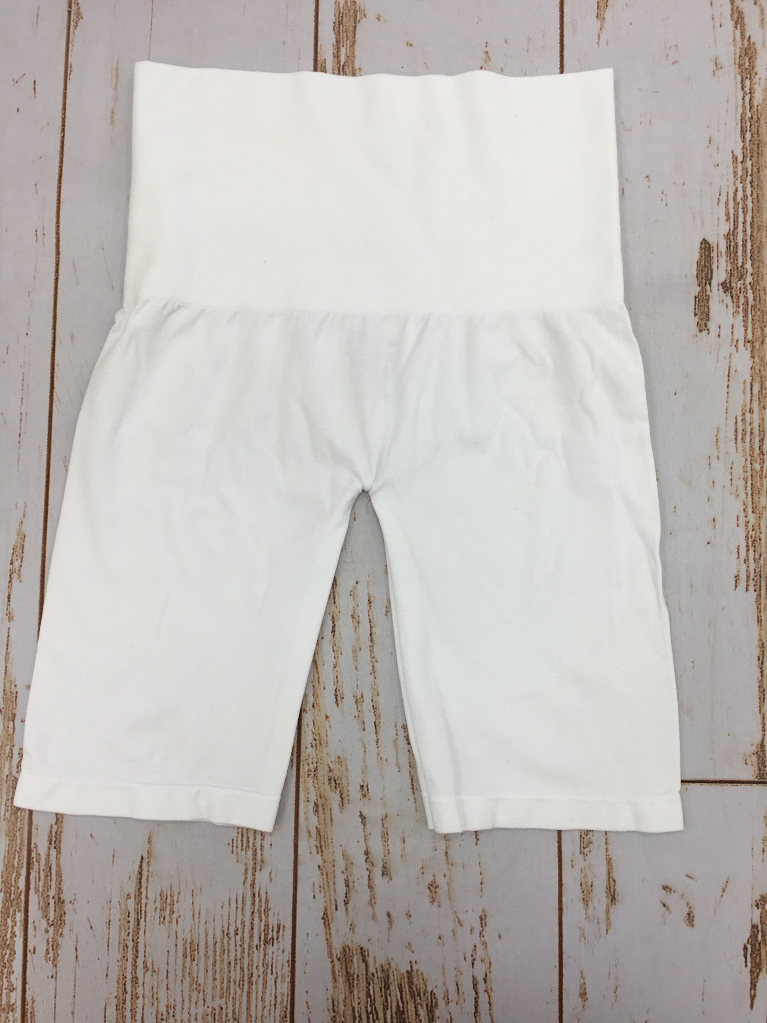 M Rena Control Top Mid Thigh Short White