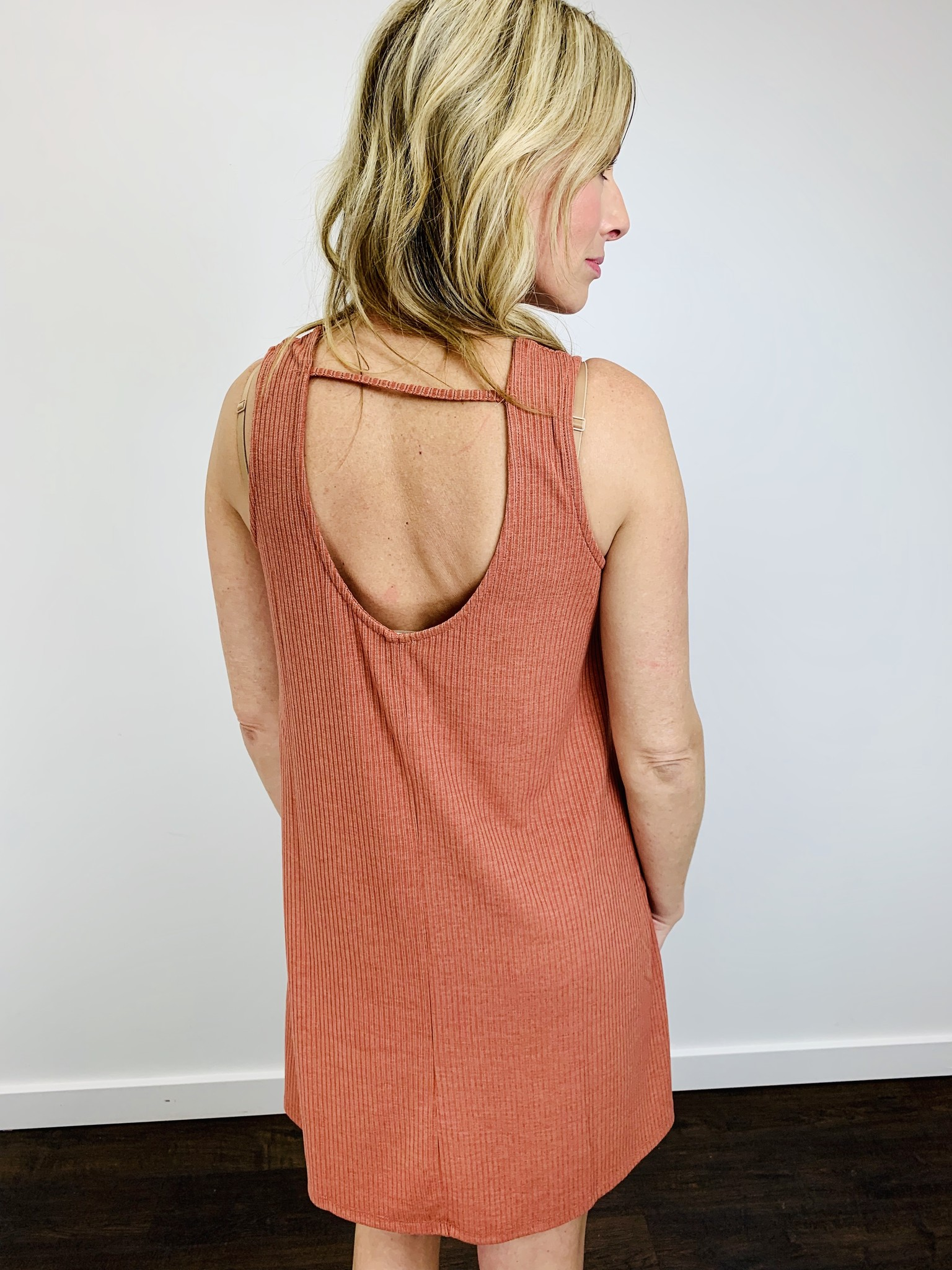 Hem & Thread Scoop Coral Dress