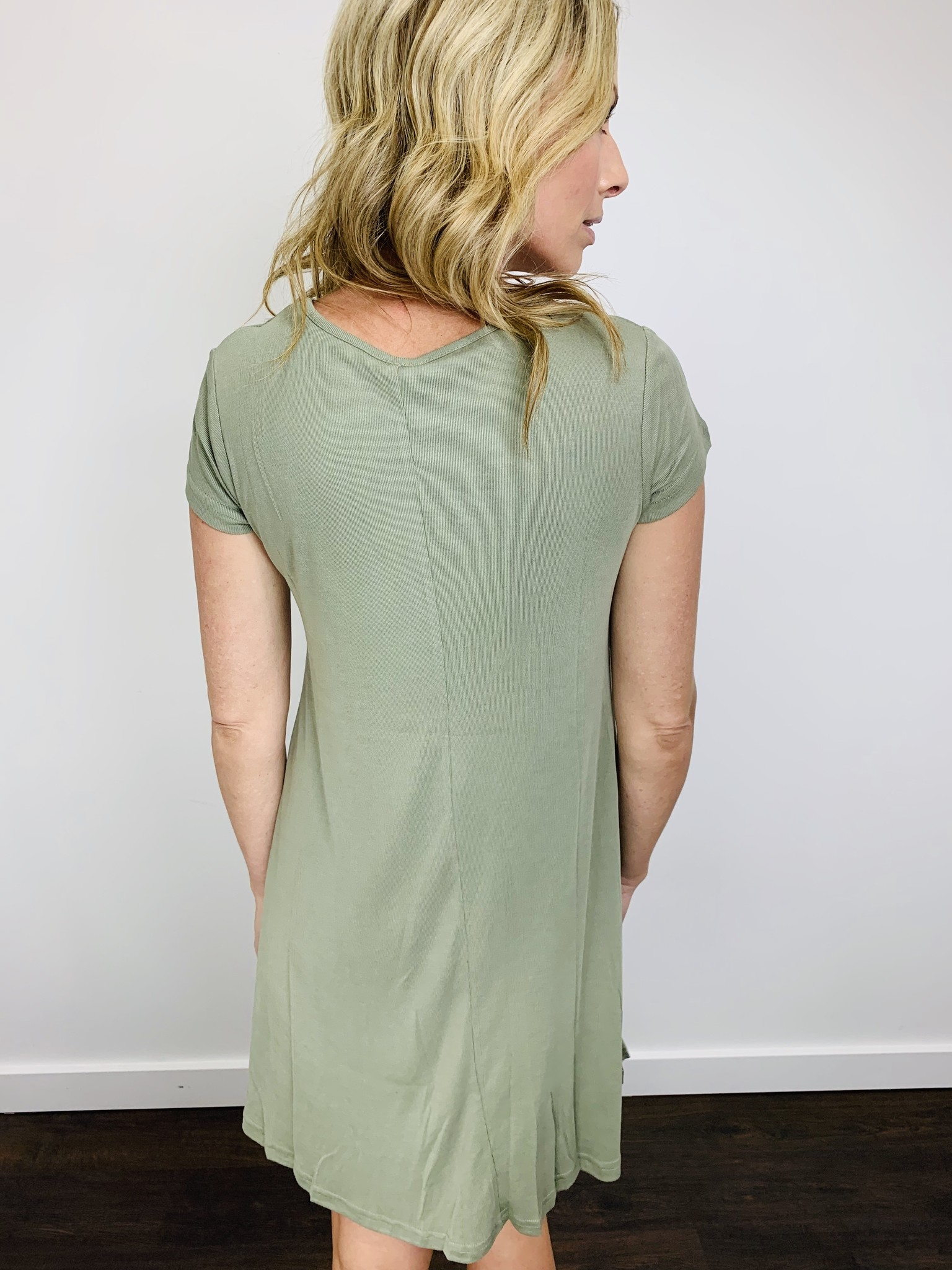 Orb Jules T-Shirt Dress in Sage