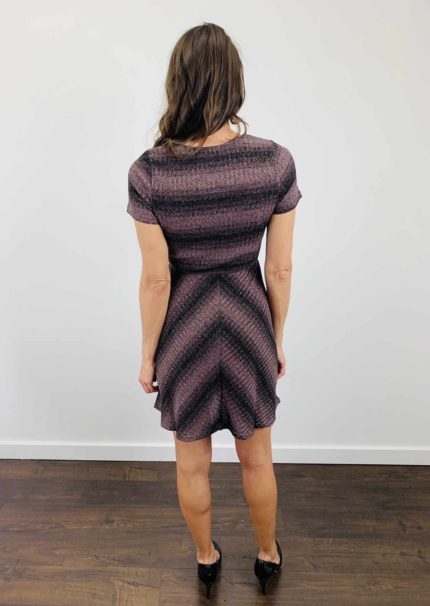Neesha Striped Rib Knit Dress In Mauve