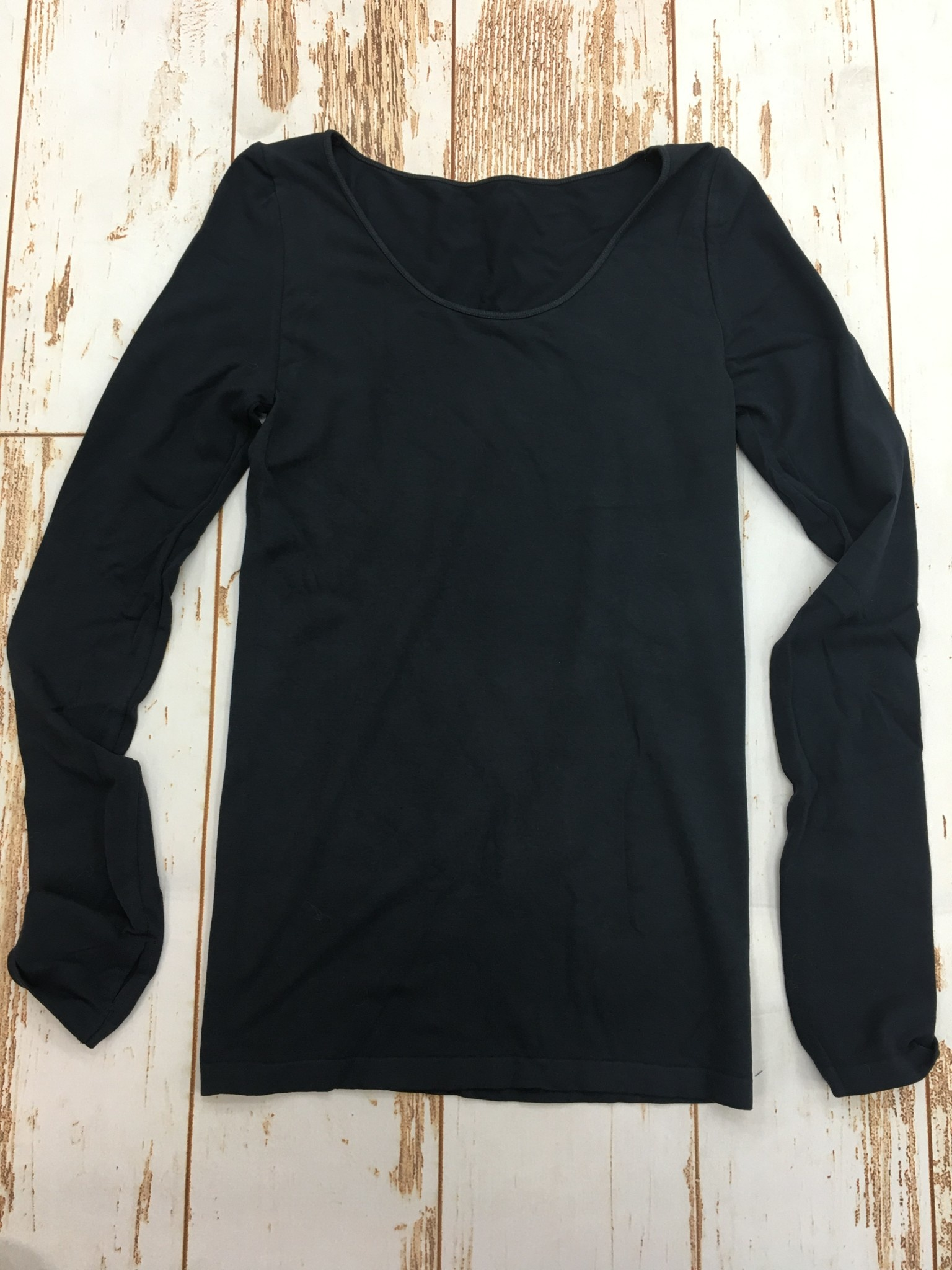 M Rena Long Sleeve Top w/Thumbhole in Ink