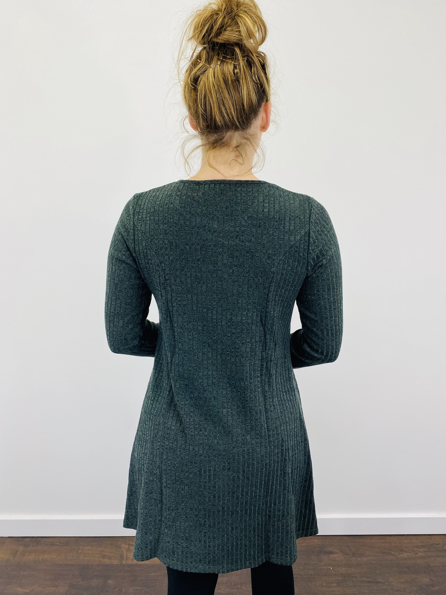 Papillon Ribbed A-Line Dress in Green