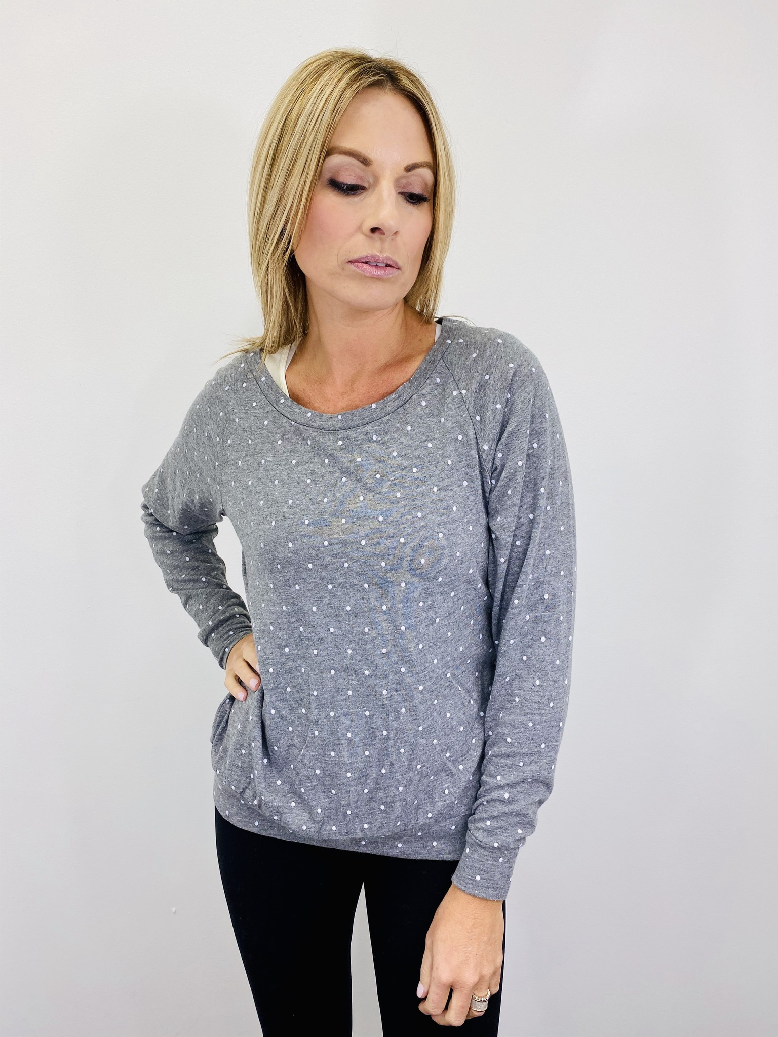Alternative Slouchy Pullover in Eco Grey Pin Dot