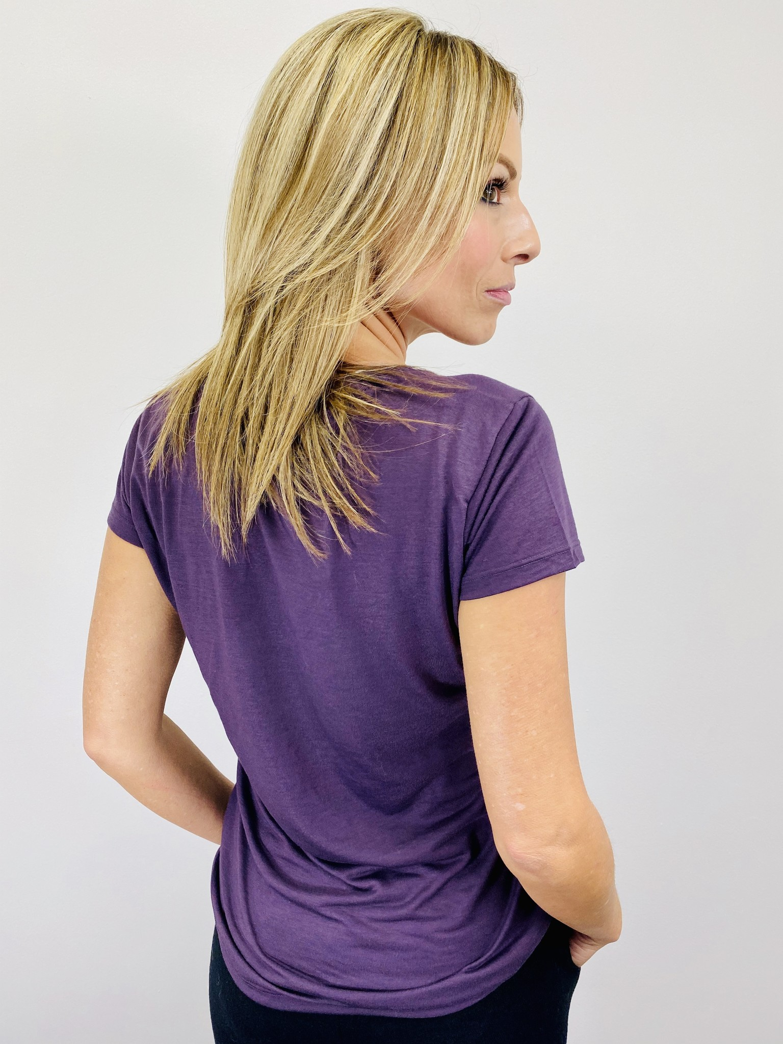 Alternative Slinky V-Neck in Dark Purple