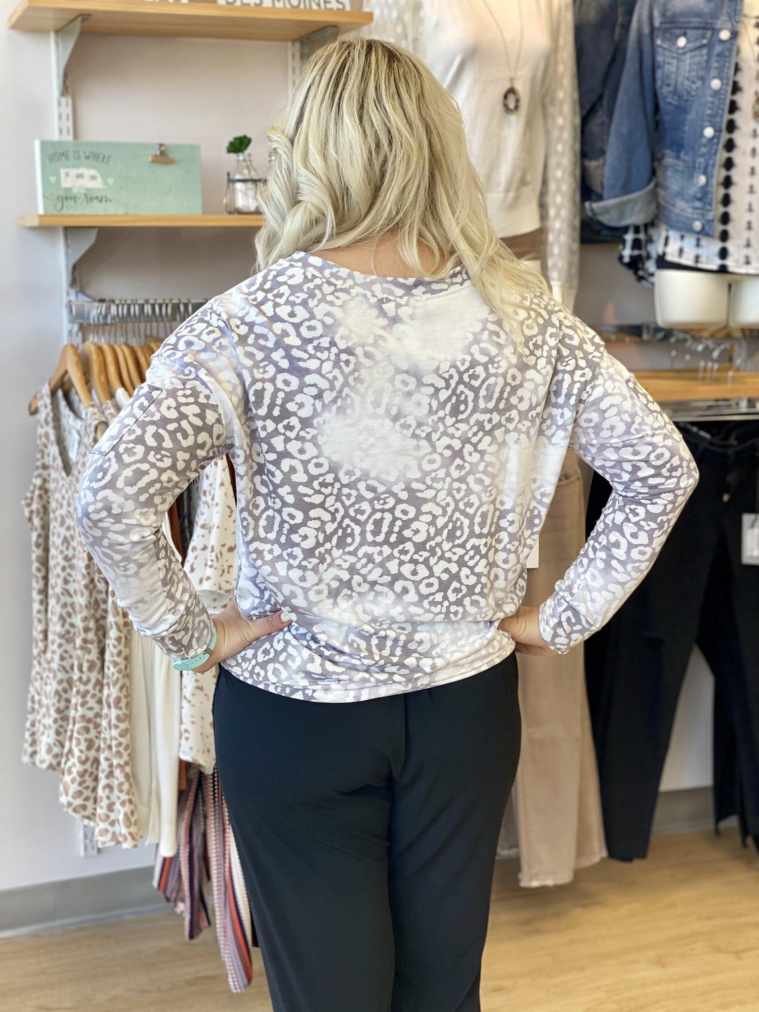Ariella Soft Leopard Top with Sleeve Pocket - Grey
