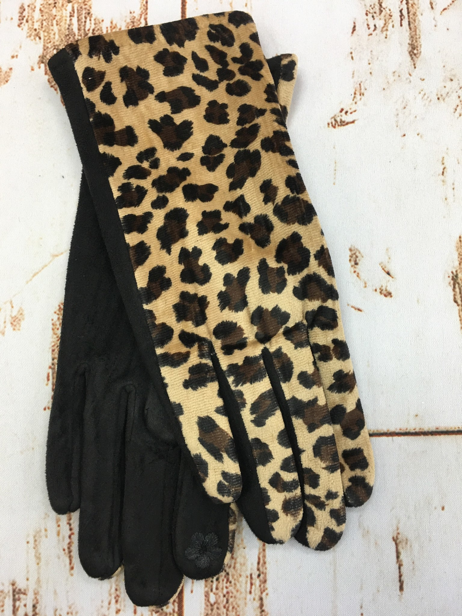 Accessories Now Leopard Felt Gloves