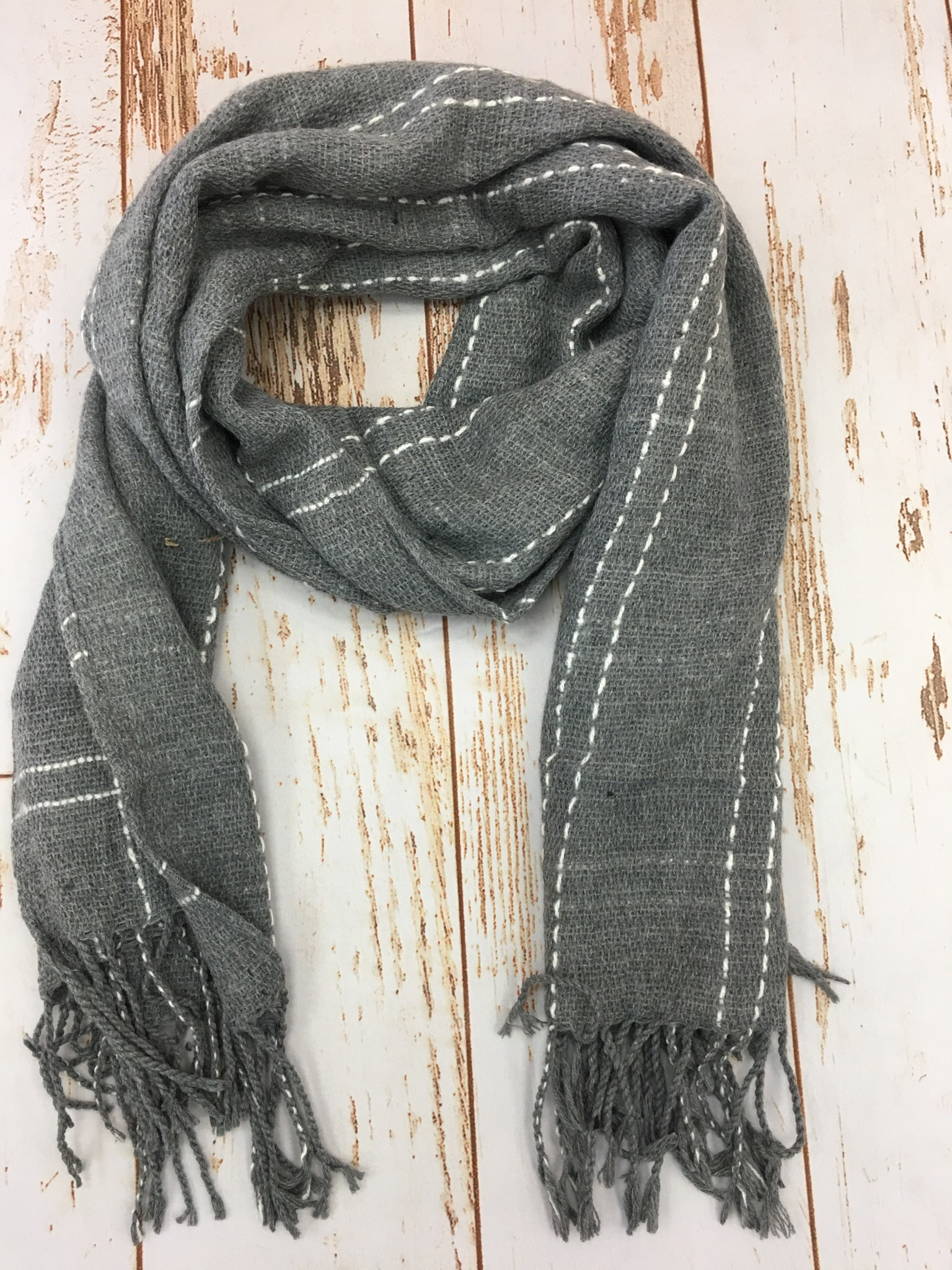 Lou & Co Plaid Oblong Scarf in Grey