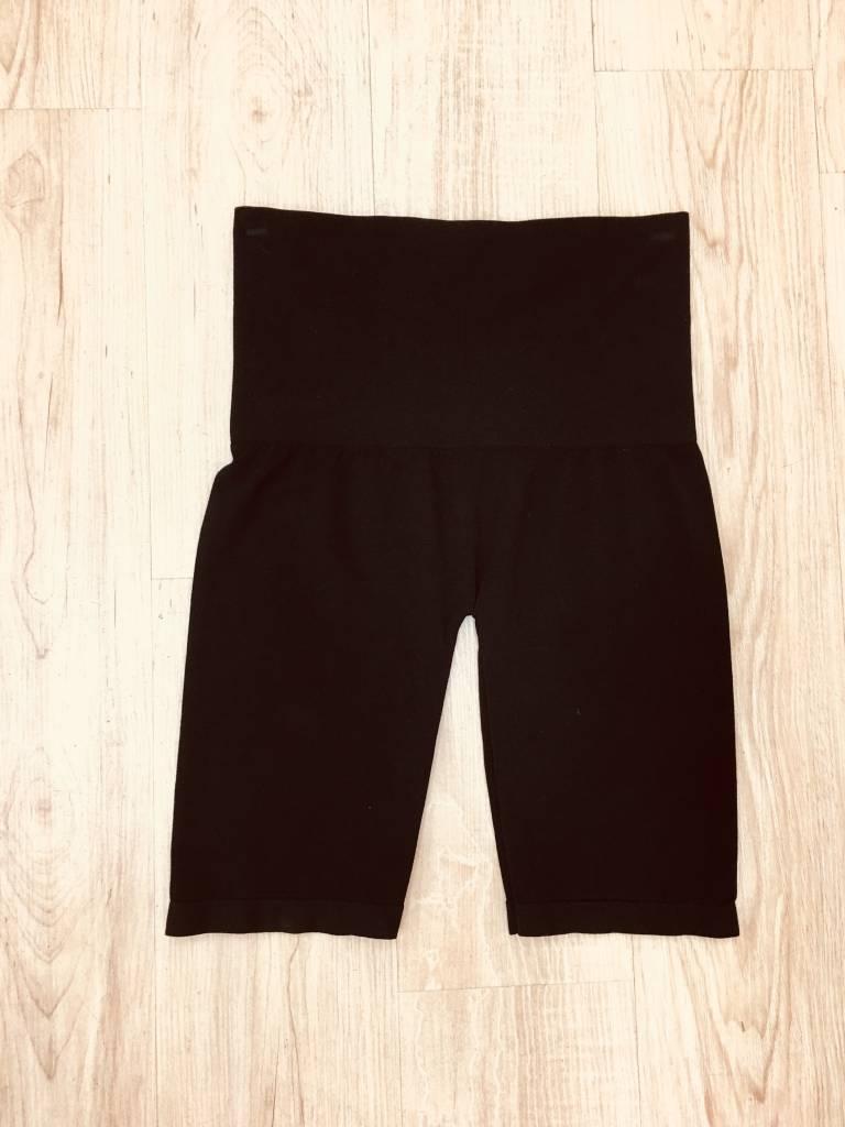 M.Rena Control Top Mid Thigh Short Black