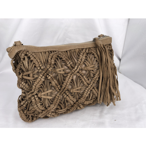 Caterina Lucchi Caterina Lucchi. Crossbody bag. Woven Calf Leather + Cow. Beige.